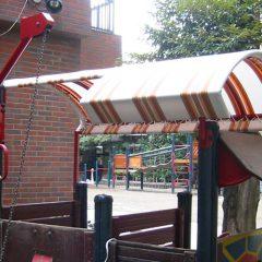 固定テント(幼稚園の遊具)